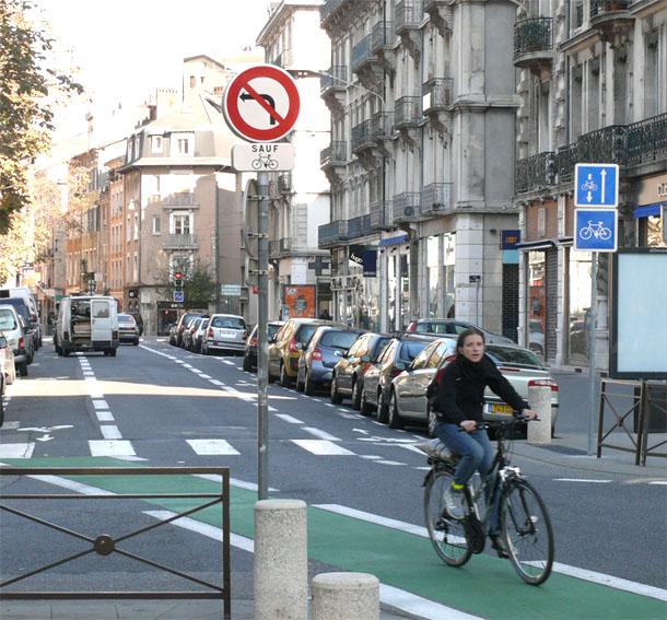 Double sens cyclables: Grenoble récompensée