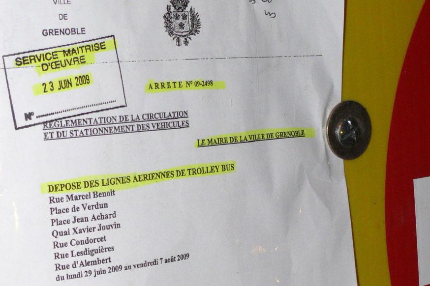 Arrêté municipal de dépose des lignes de trolleybus.