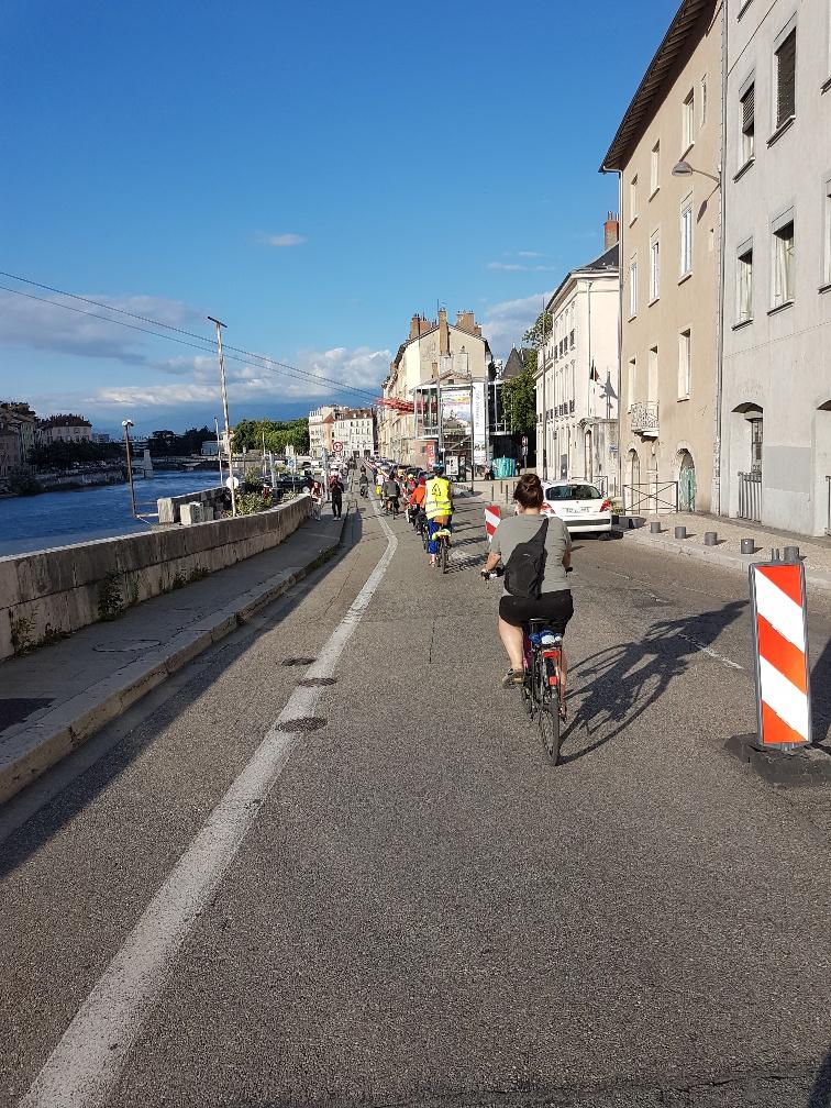 Suppression de la tempovélo des quais Rive Gauche de l'Isère à Grenoble : Une décision brutale et sans fondement